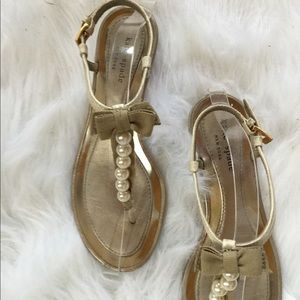 Kate Spade NY Leather Pearl Sandals W/ Bow Sz 8.5